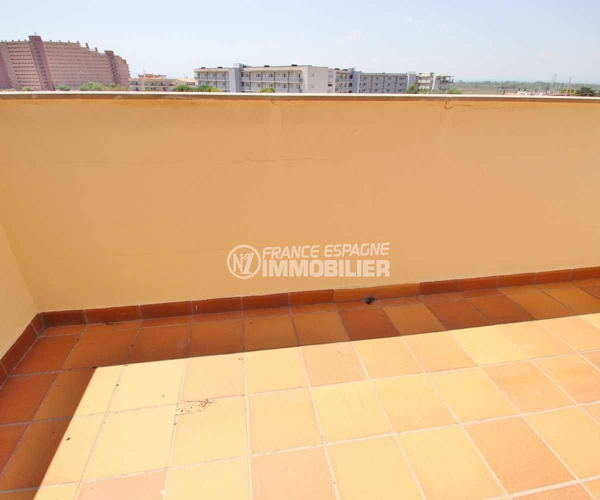 immo roses: appartement ref.3482, petite terrasse de la suite parentale