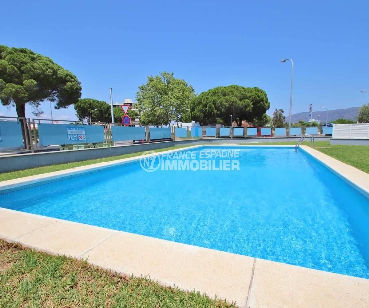 piscine en commun