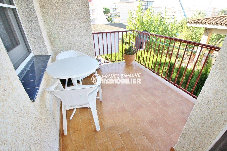 Appartement Proche Plage: Rosas Immobilier- Appartement Proche Plage & Commerces