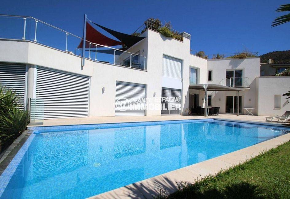 agence immobilière costa brava: villa 476 m², aperçu de la piscine de 11 m x 5 m