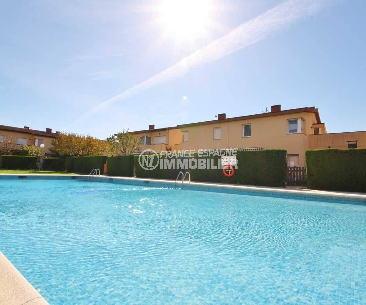santa margarida villa dans résidence avec piscine