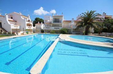 appartement a vendre a rosas, ref.3517, vue mer et montagne, terrasse véranda, piscine, tennis, petit prix