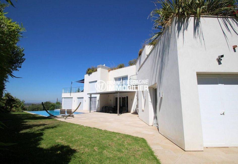 agence immobiliere costa brava espagne: villa palau, terrain 972 m² avec terrasses et coin détente