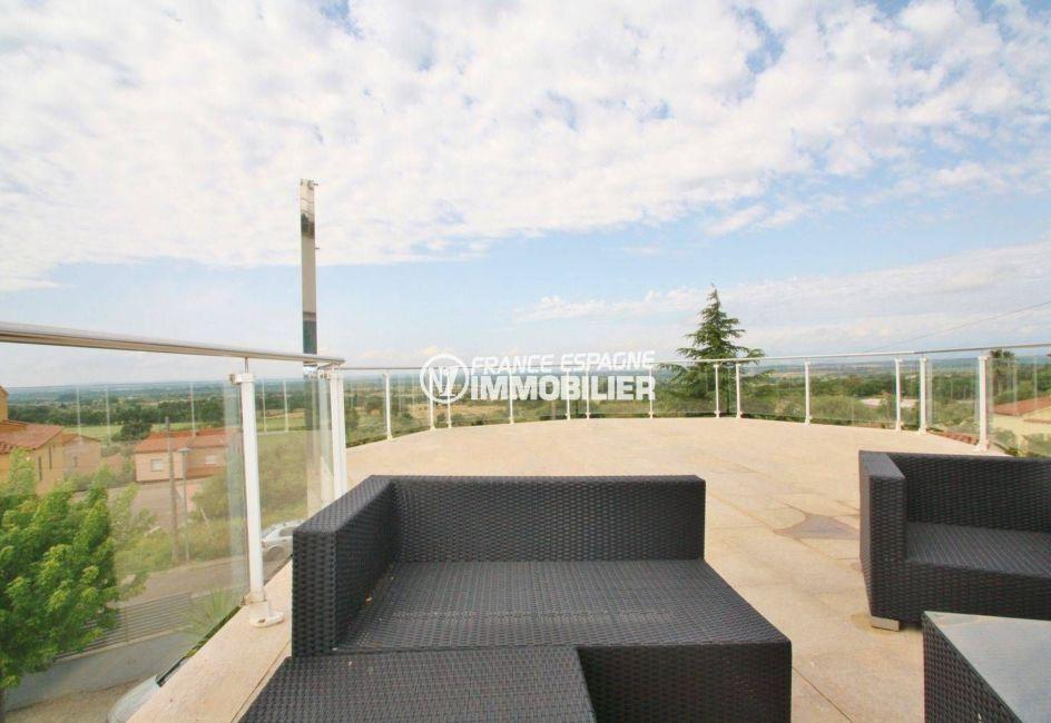 maison a vendre espagne bord de mer, standing, belle terrasse solarium vue dégagée