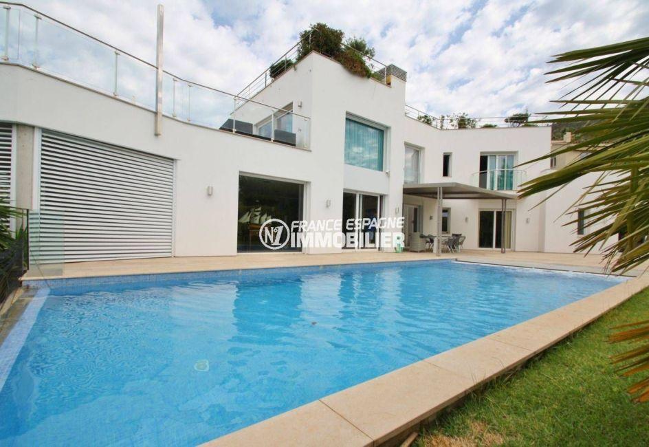 la costa brava: villa palau grand standing - vue sur la piscine privée