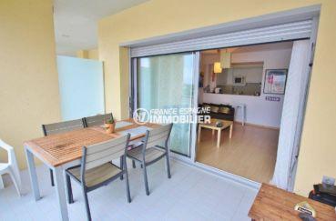 vente appartements rosas espagne, piscine, aperçu de la terrasse de 10 m² accès salon