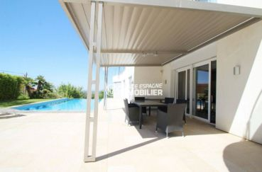 vente immobilière espagne costa brava: villa 476 ², haut standing avec piscine, garage et terrasses