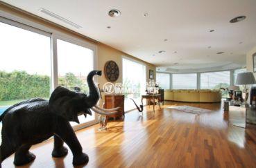 achat maison costa brava bord de mer, palau, spacieux salon / séjour avec rangements