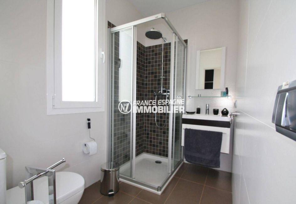 acheter malin costa brava: villa 476 m², salle d'eau avec douche à l'italienne, vasque et wc