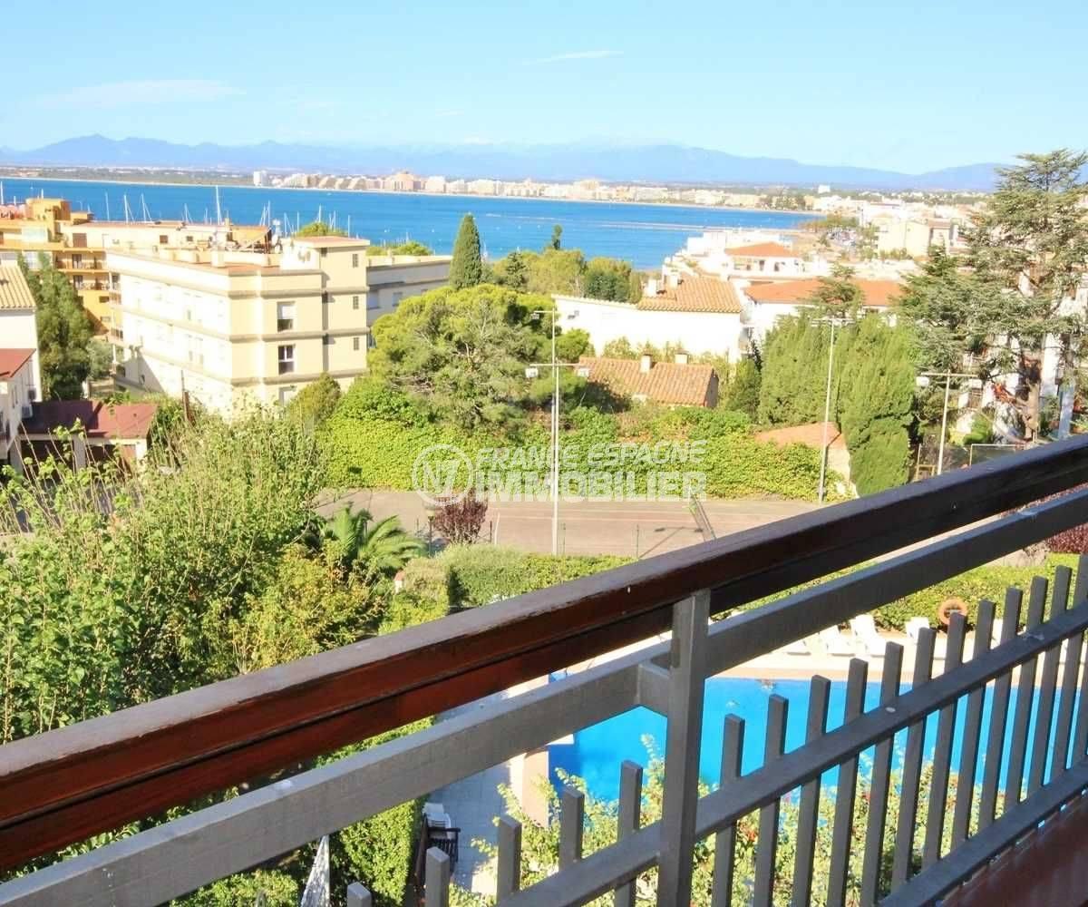 Roses appartement vue mer proche plage vue terrasse