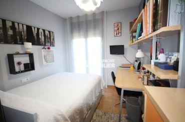 casas en venta en peralada: villa 278 m², deuxième chambre avec lit simple, bureau accès terrasse