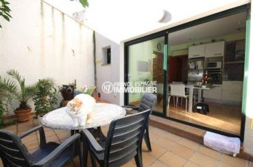 acheter sur la costa brava: villa 278 m², vue sur la terrasse extérieure accès cuisine
