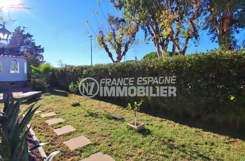 empuriabrava immobilier: villa ref.3566, vue sur le terrain de 550 m²