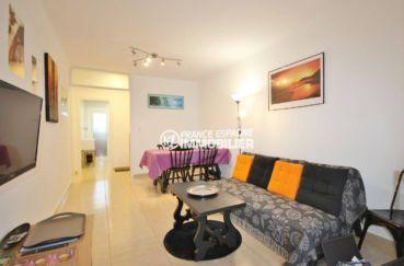 appartement a vendre rosas, appartement 57 m², vue sur porte d'entrée et salon / séjour