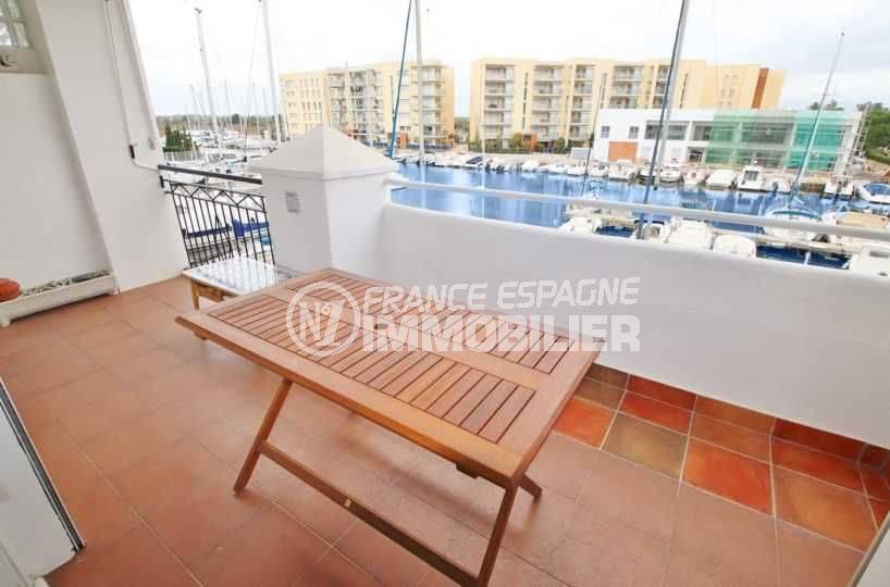appartement à vendre rosas santa margarita avec terrasse vue canal