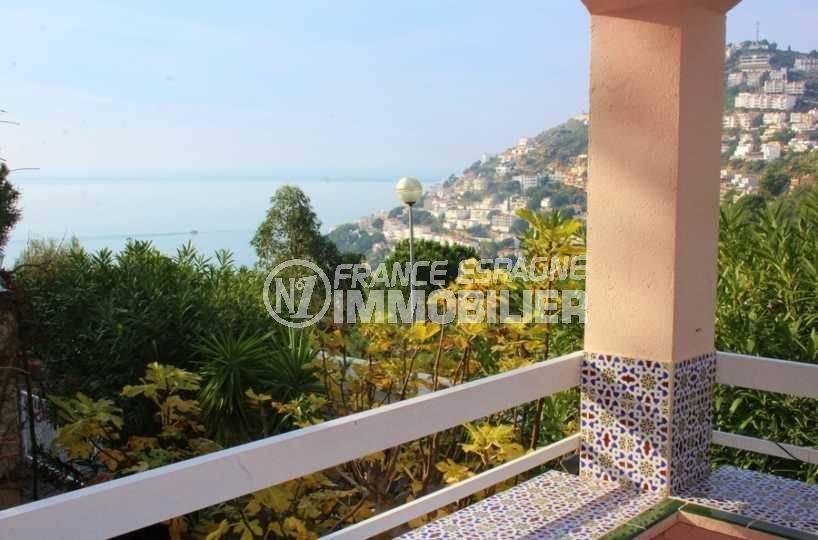 Immo Rosas: villa à Canyelles terrasse vue mer, proche plage