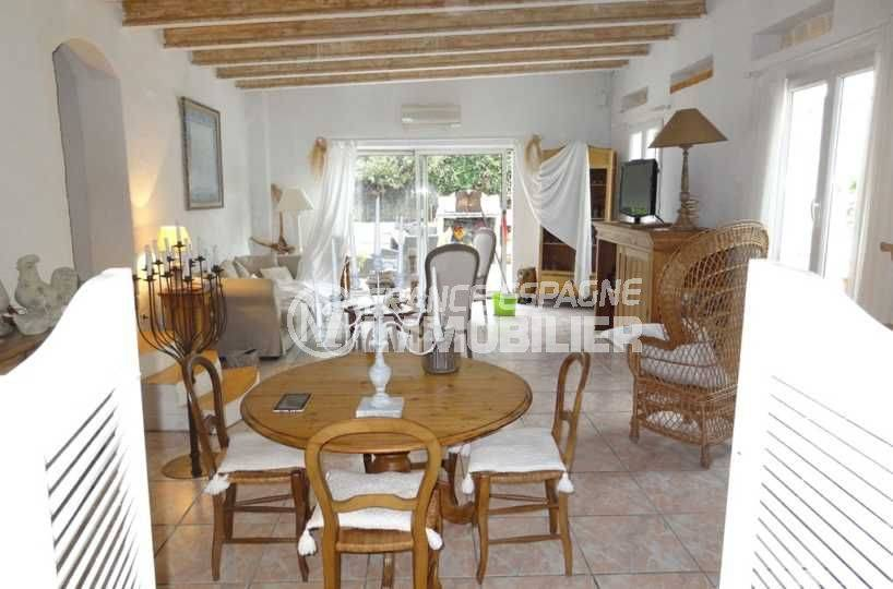 Villa Roses secteur résidentiel vue salle à manger