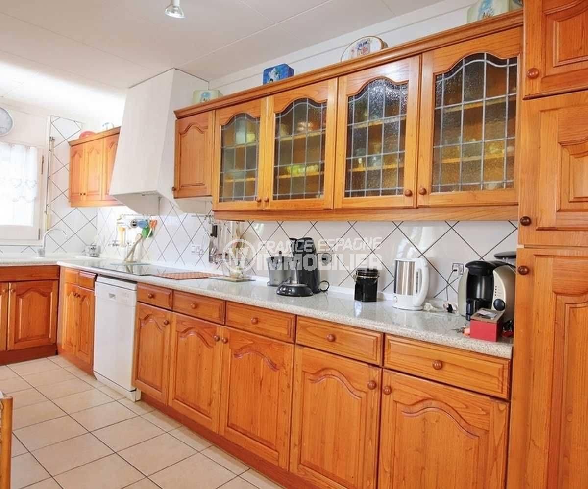 agences immobilières empuriabrava: ref.3566, cuisine ouverte aménagée et fonctionnelle