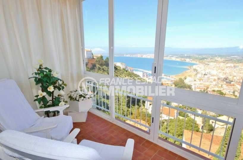 agence immo roses espagne: appartement ref.3102, terrasse avec une magnifique vue mer