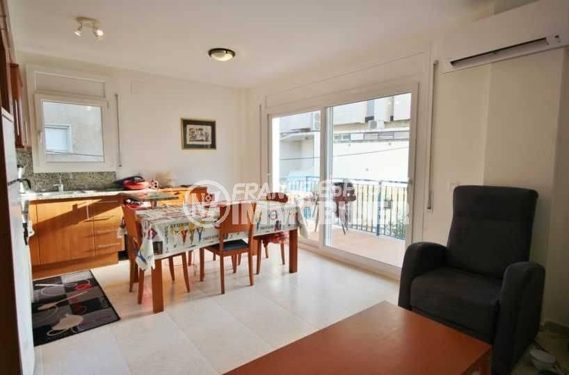 santa margarita, vente appartement rosas, terrasse vue mer, bonne exposition