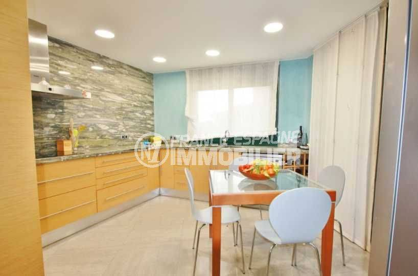 maison a vendre espagne bord de mer, ref.3582, cuisine indépendante