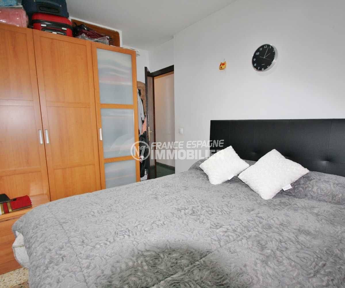 agence immo rosas: appartement ref.3579, aperçu chambre 1