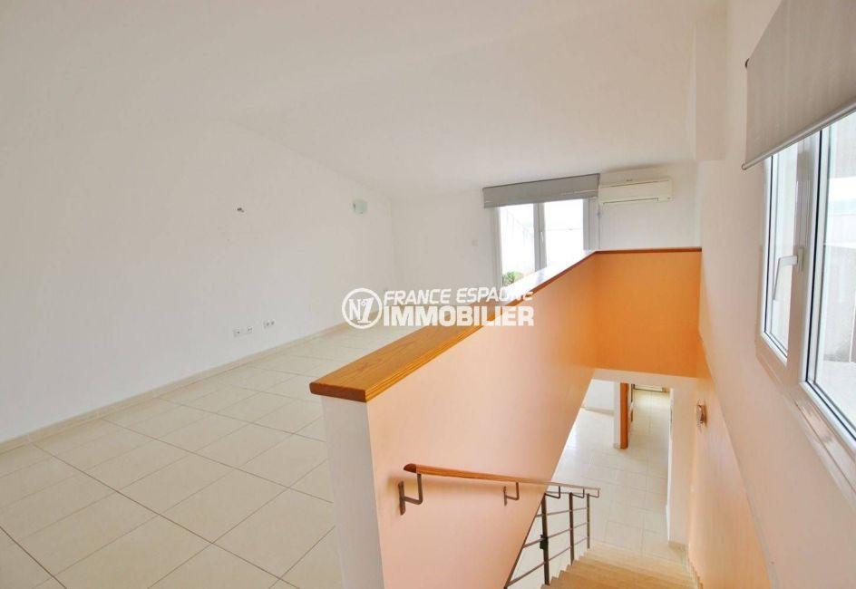la costa brava: appartement atico 146 m², grande pièce type studio 29 m², possibilité chambre 3