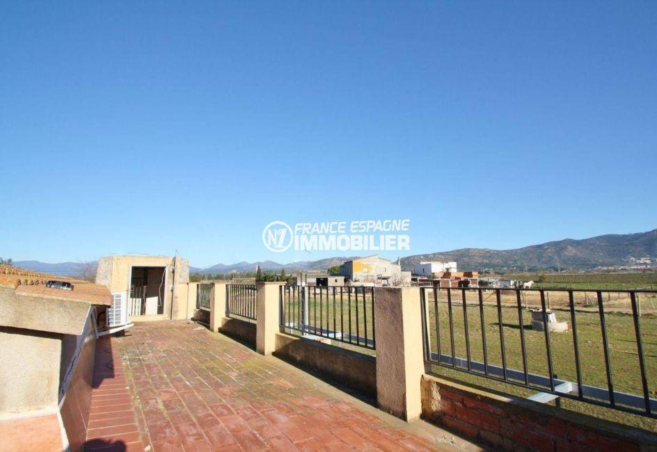 maison a vendre costa brava - 109 m² grand terrain - vue dégagée sur les montagnes