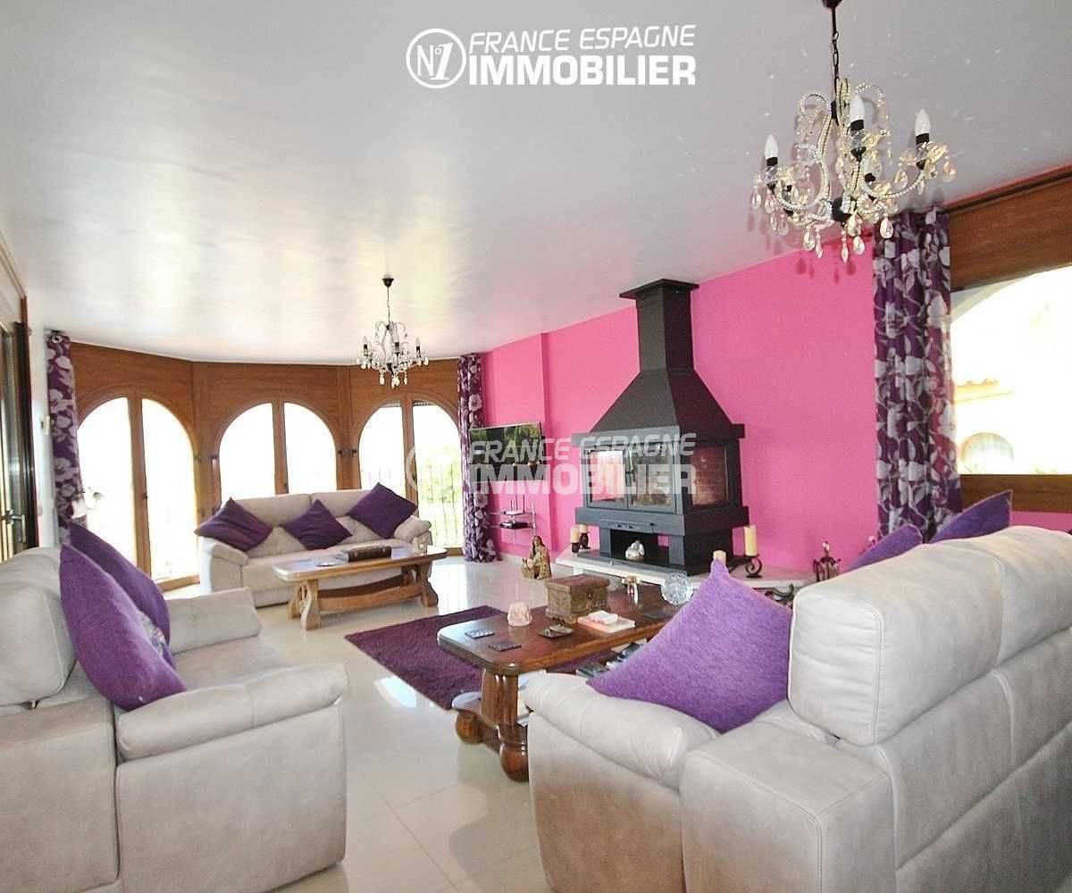costa brava immobilier: villa 516 m², salon / séjour avec accès à la terrasse