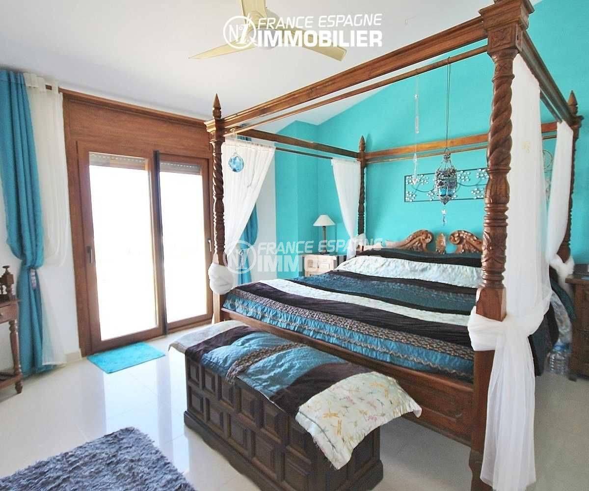 costa brava maison a vendre, à pau, 1ère suite parentale avec lit double accès terrasse