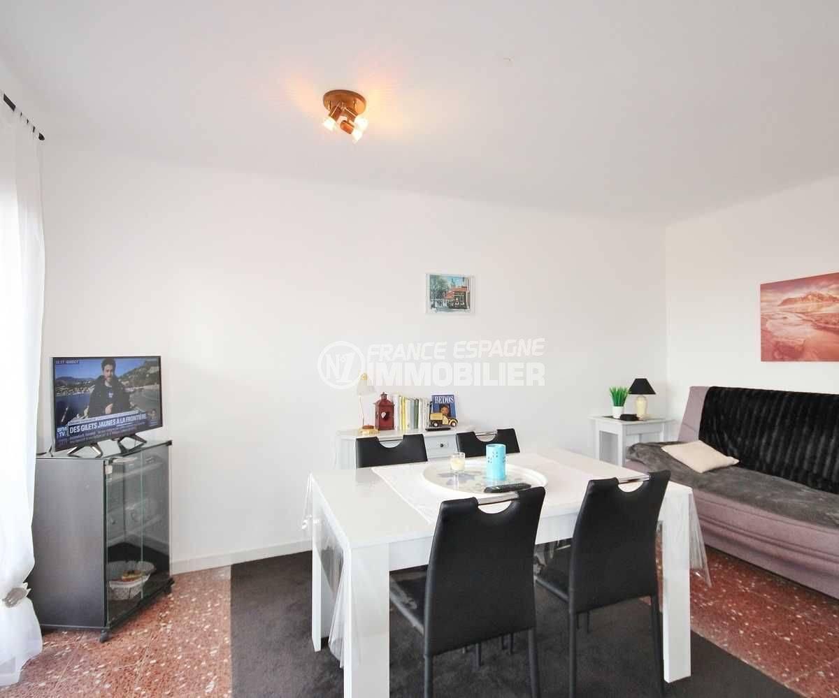 immo rosas: appartement ref.3598, aperçu séjour / salle à manger