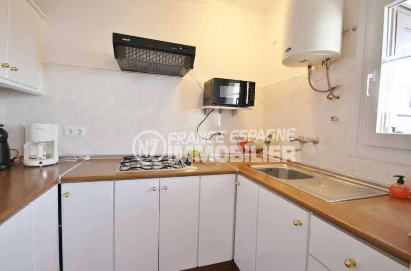 immobilier rosas: appartement ref.3598, aperçu cuisine indépendante