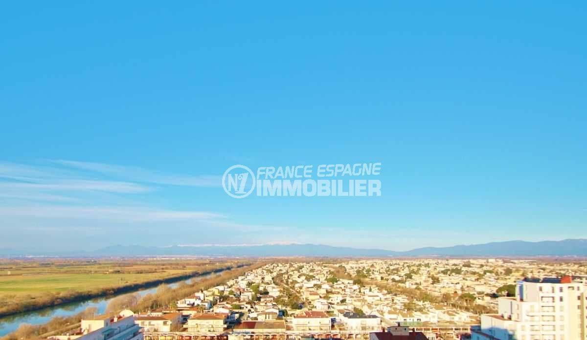 immo costa brava: studio ref.3600, vue dégagée sur la ville et les montagnes