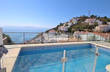maison a vendre rosas, secteur prisé, vue sur la mer et les montagnes depuis la piscine