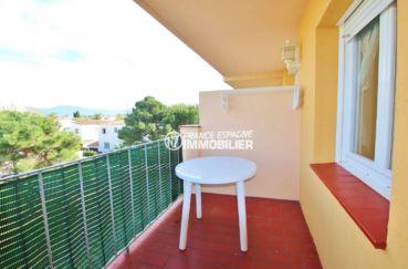 immo empuriabrava: appartement ref.3559, aperçu de la terrasse et table petit déjeuner