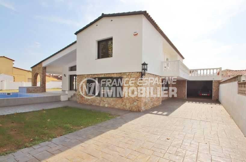 maison a vendre empuria brava, villa moderne contruction récente avec piscine et parking