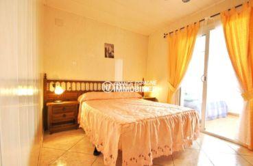 maison a vendre espagne, plage 100 m, première chambre avec lit double