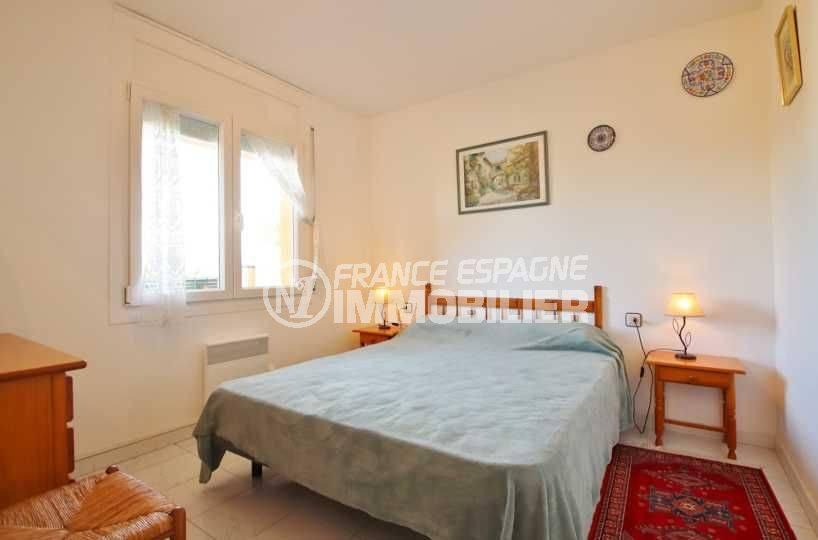 immobilier empuria brava: appartement ref.3559, chambre avec grand lit