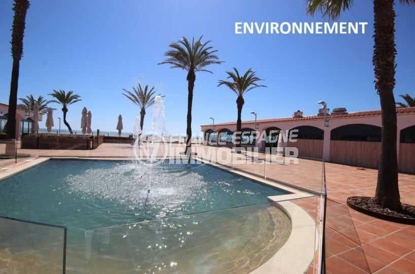 appartement costa brava, ref.3600, fontaine aux abords de la plage