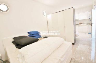 rosas immo: villa 230 m², appartement indépendant avec cuisine et espace chambre aménagée