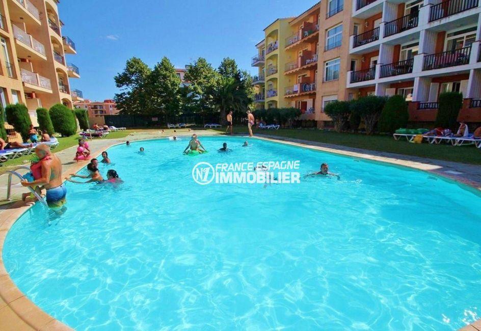 immobilier espagne costa brava: appartement ref.3559, possibilité d'accès à la piscine