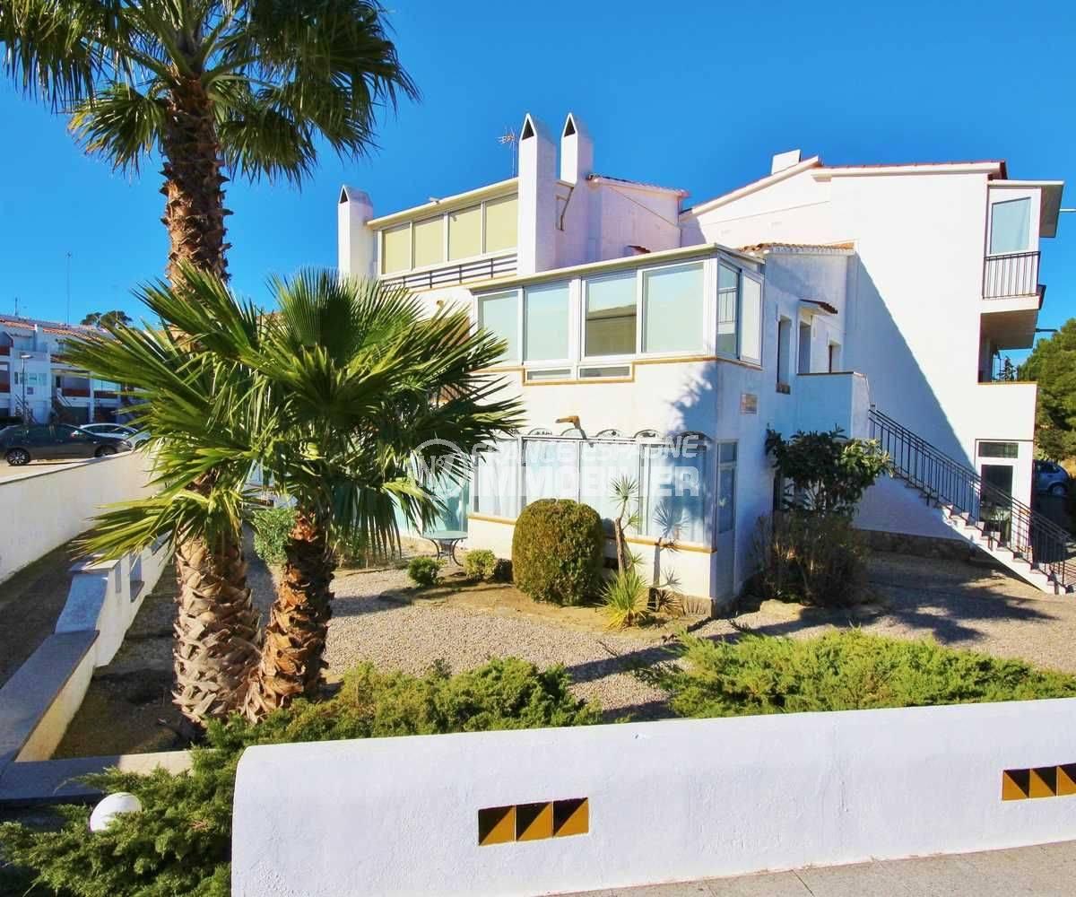 achat appartement rosas: 42 m² en rez-de-chaussée, piscine & tennis