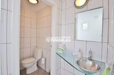 vente immobilière rosas: villa 230 m², toilettes indépendantes avec lavabo