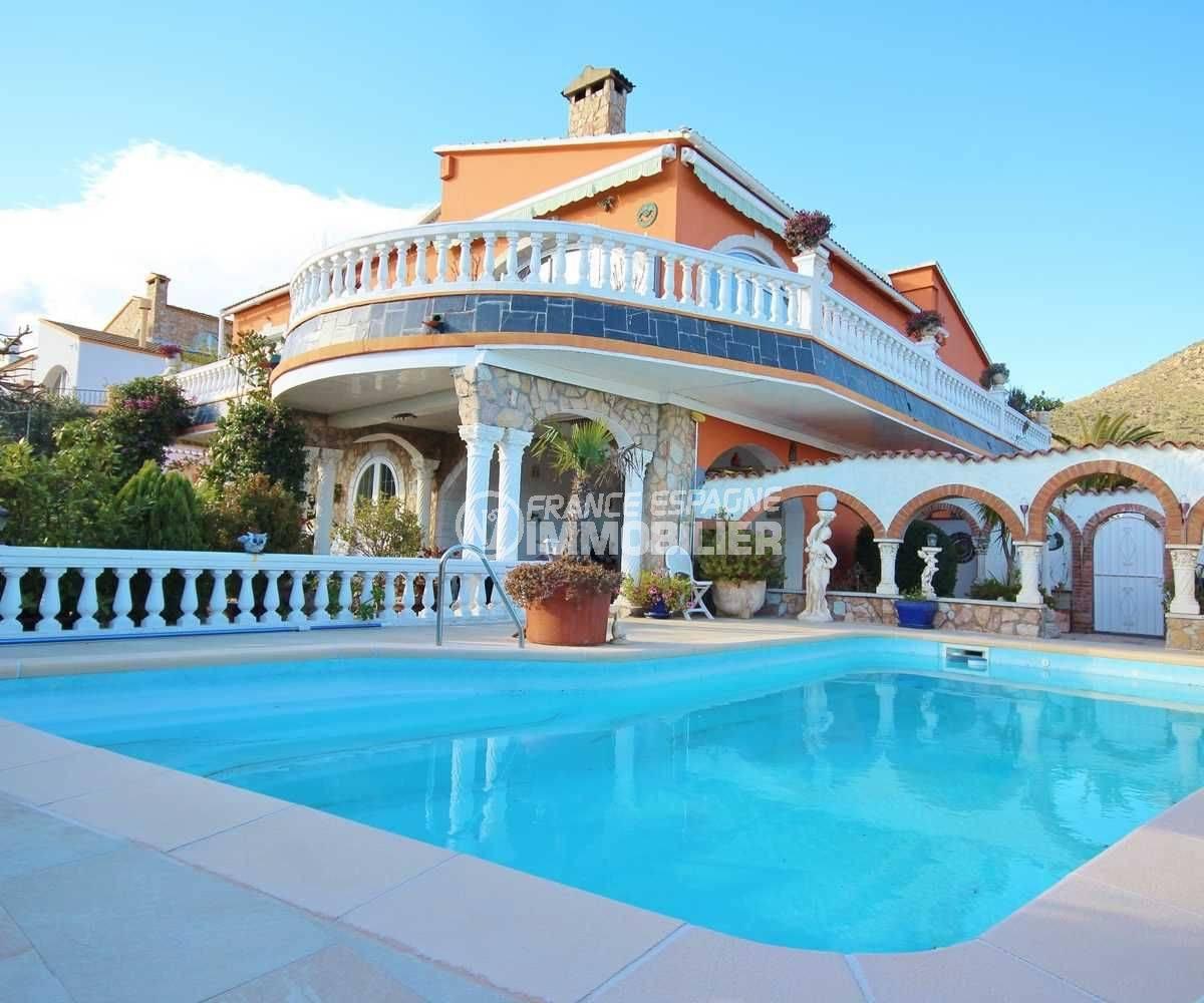 immobilier costa brava: villa ref.3616, avec appartement indépendant, piscine, parking cour
