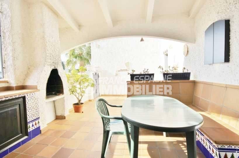agence immobiliere rosas santa margarita, villa 84 m² meublée avec piscine et parking privé