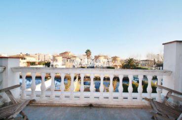 marina empuriabrava: villa ref.3607, vue sur la terrasse et le canal