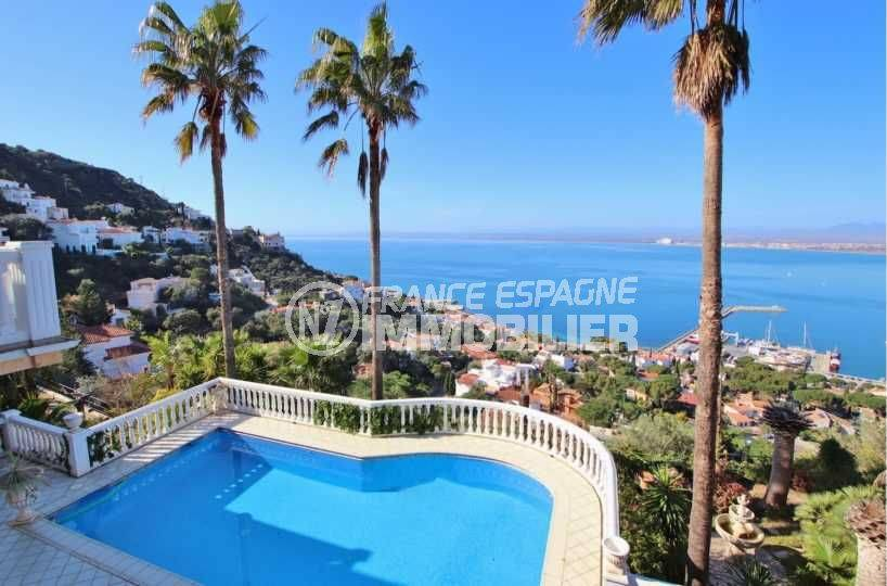 Villa de luxe sur Roses vue port et baie