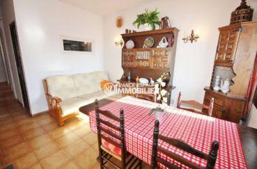 agence immobilière costa brava: villa 84 m², salon / séjour accès terrasse