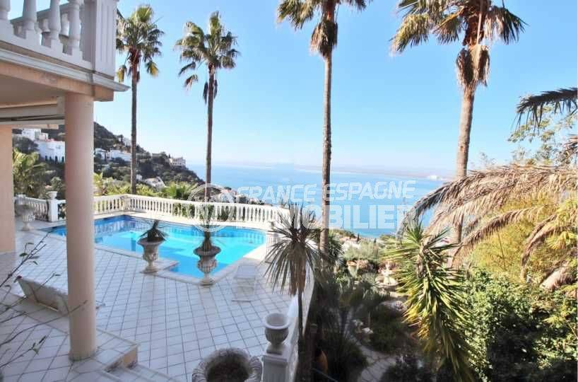 maison costa brava, ref.3614, vue piscine, Puig Rom et la mer depuis le jardin