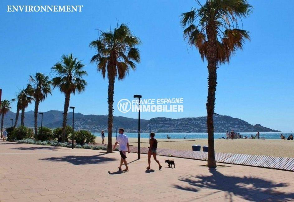 immo center rosas: appartement ref.3606, promenade le long de la plage à proximité